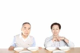 気をつけたい!食事が困難な高齢者へのやっていいケア・悪いケア